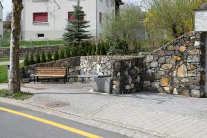 Bölsbrunna, Bölsbrunnen in Eschen